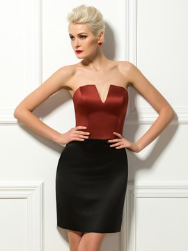 Simple Sheath/Column Strapless Short Cocktail Dress