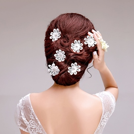 Sweet White Bridal Head Flower