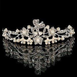 Ericdress Beautiful Pearls Alloy Tiara