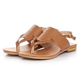 Pretty Clip-toe Flat Sandals