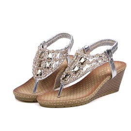 Trendy Rhinestone Thong Flat Sandals