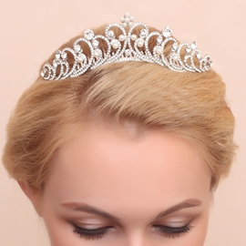 Ericdress Delicate Floral Diamante Alloy Wedding Tiara