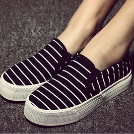 Stripes Comfortable Flat Canvas Shoes