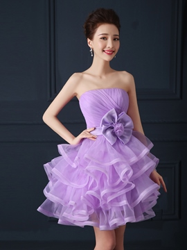 Ericdress trägerloses Bowknot Tiered a Homecoming Kleid