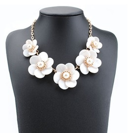 Ericdress White Flower Pearl Necklace