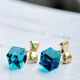 Ericdress Clear Blue Cubic Earrings(Price For A Pair)