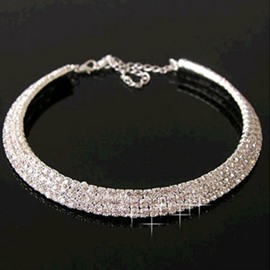 Fantastic Shine and Luxurious Alloy Necklace