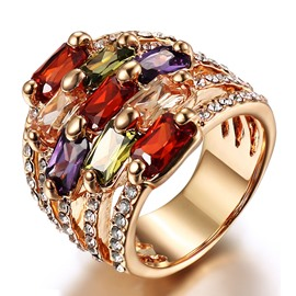 Luxurious Big Crystal Decorated Ring