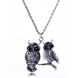 Double Owls Decorated Pendent Necklace