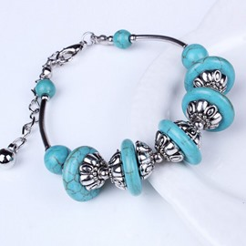 Elegant Turquoise Decorated Bracelet