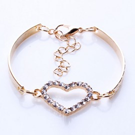 Unique Heart Shaped Pendent Bracelet