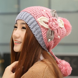 Big Flower Design Knitted Hat