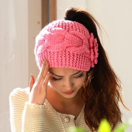 Rhinestone Flower Design Knitted Hat