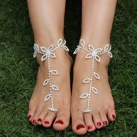 Ericdress Rhinestone Leaf Shape Barefoot Anklets(Price for a Pair)