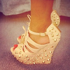 Ericdress White Rivets Decorated Wedge Sandals
