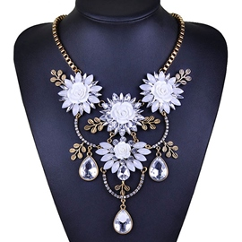 Ericdress Diamante Metal Flower Necklace