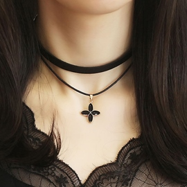 Black Double Clovers PU Leather Necklace