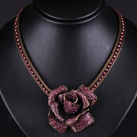 Retro Rose Necklace