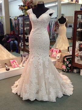 Ericdress Chic V Neck Appliques Mermaid Wedding Dress