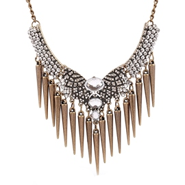 Ericdress Rivets Pendant Diamante Necklace