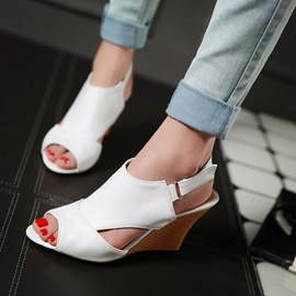 Ericdress Chic Peep Toe Wedge Sandals with Buckles