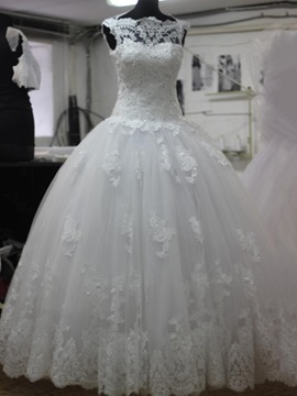 Ericdress Modest Appliques Ball Gown Wedding Dress