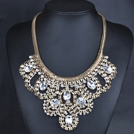 Ericdress Vintage Style Crystal Pendant Necklace