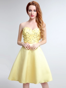 Ericdress A-Line Sweetheart Crystal Pearls Mini Homecoming Dress