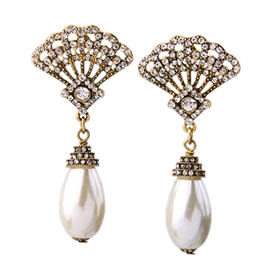 Ericdress Retro Fan Pearl Pendant Earrings