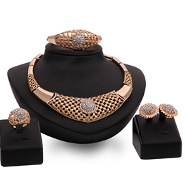 Ericdress Gold Hollow-Out Diamante Jewelry Set
