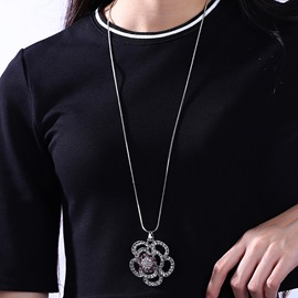 Ericdress Flower with Rhinestone Pendant Necklace