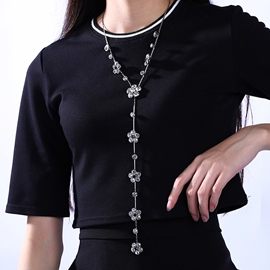 Ericdress Beautiful Crystal Flowers Necklace