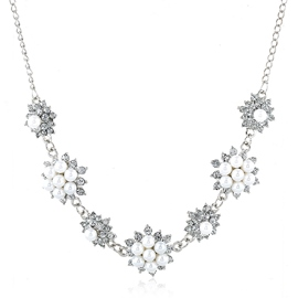 Ericdress Charming Pearl Flowers Necklace