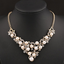 Ericdress Elegant Pearl Flowers Necklace
