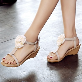 Ericdress Flowers Applique T-Strap Wedge Sandals