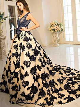 Ericdress Scoop Ball Gown Bowknot Lace Pearls Court Train Quinceanera Dress