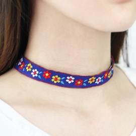 Ericdress Flowers Embroidery Choker Necklace