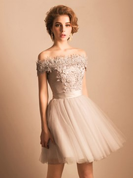 Ericdress A-Line Off-the-Shoulder Crystal Lace Pearls Short Homecoming Dress