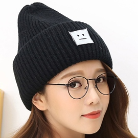 Ericdress Roll Brim Smiling Face Design Knitted Hat