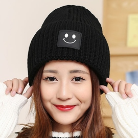 Ericdress Smiling Face Applique Women's Knitted Hat