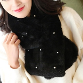 Ericdress Pearl Decorated Warm Fur Scarf