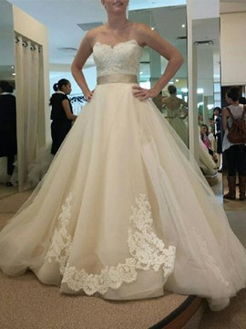 Ericdress Elegant Appliques Sweetheart A Line Wedding Dress