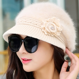 Ericdress Pearl Flower Design Warm Knitted Hat