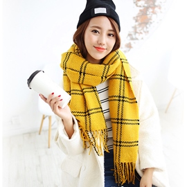 Ericdress Knitted Plaid Tassels Scarf