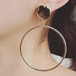 Ericdress Metal Circle Pendant Earrings