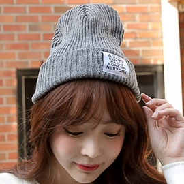 Ericdress Letters Applique Thicken Knitted Hat