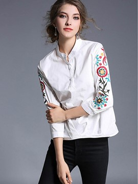Ericdress Round Neck Embroidery Blouse