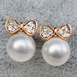 Ericdress White Pearl Bowknot Stud Earrings