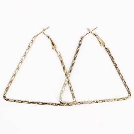 Ericdress Delicate Triangle Design Alloy Hoop Earrings