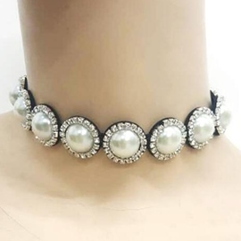 Ericdress Pearls Inlaid Short Choker Necklace